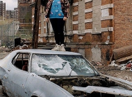 That's me, on an abandoned car | Broken car | New York Murales