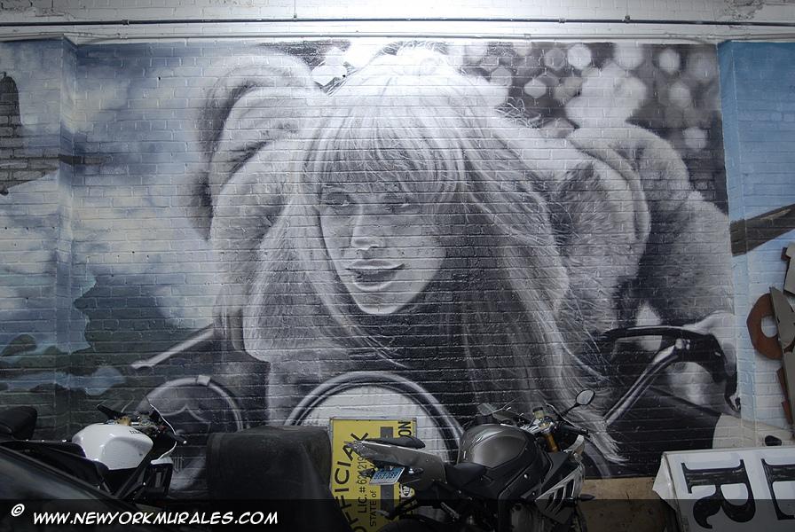 Inuti Skyhigh Murals