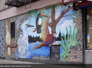 Exotic birds and the Manhattan skyline on the background | Exotic birds | New York Murales