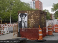 A strange advertising about a man with a water mask instead of a oxygen one | Advertising | New York Murales